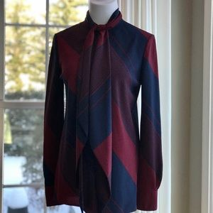 Tory Burch Size 2 Navy/Maroon Tie Front Blouse
